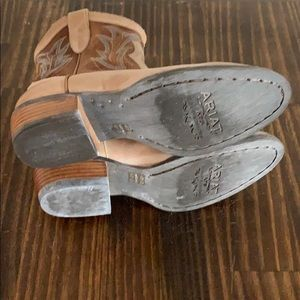 Ariat Shoes - Ariat Unbridled Boots